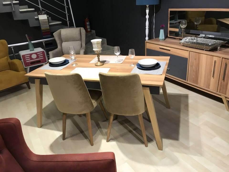 მაგიდა სკამები ახალი რუმინეთი 2500ლარი 6სკამით