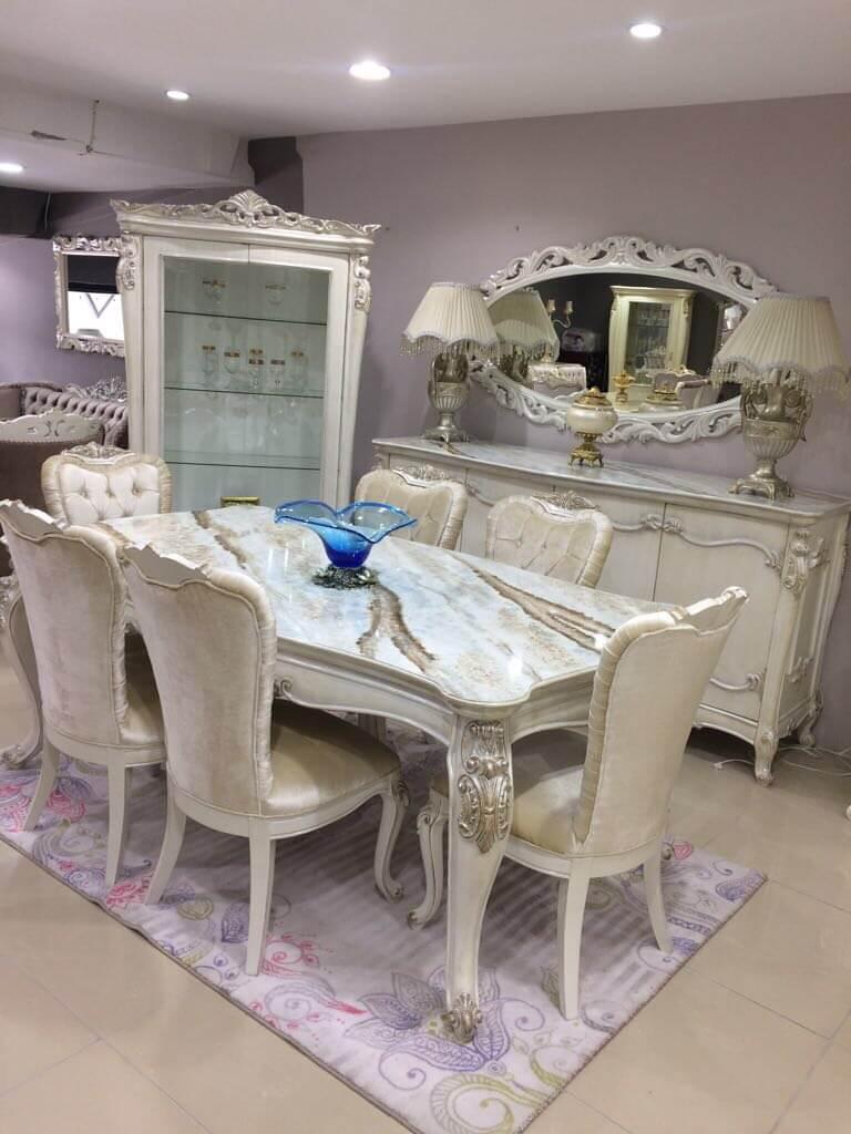 ზალა რუმინეთიდან ახალი მასიური ხე მაგიდა სკამები დესაუ სარკე ვიტრინა