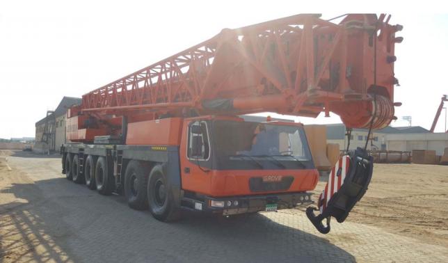 Model GROVE GMK 6220L 220 ton 2017-20188