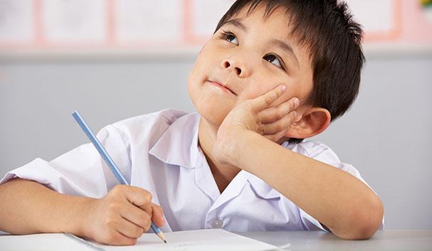 რა უნდა იცოდეს ბავშვმა სკოლაში შესვლამდე და როგორ გავიგოთ, არის თუ არა მზად?